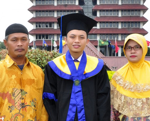 Fazar w: Parents--Graduation Day Trimmed1